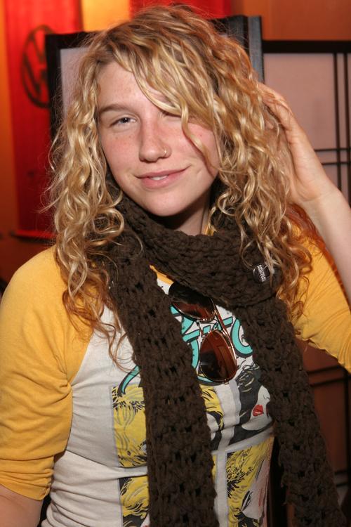 kesha pictures in high school. Kesha