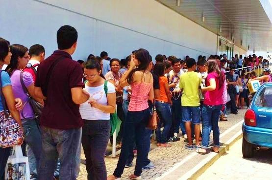 O SiSU oferece mais de 129 mil vagas em universidades brasileiras via ENEM