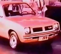 Propaganda do Chevete em 1978: marido faz uma apresentação indireta à esposa sobre os benefícios do carro.