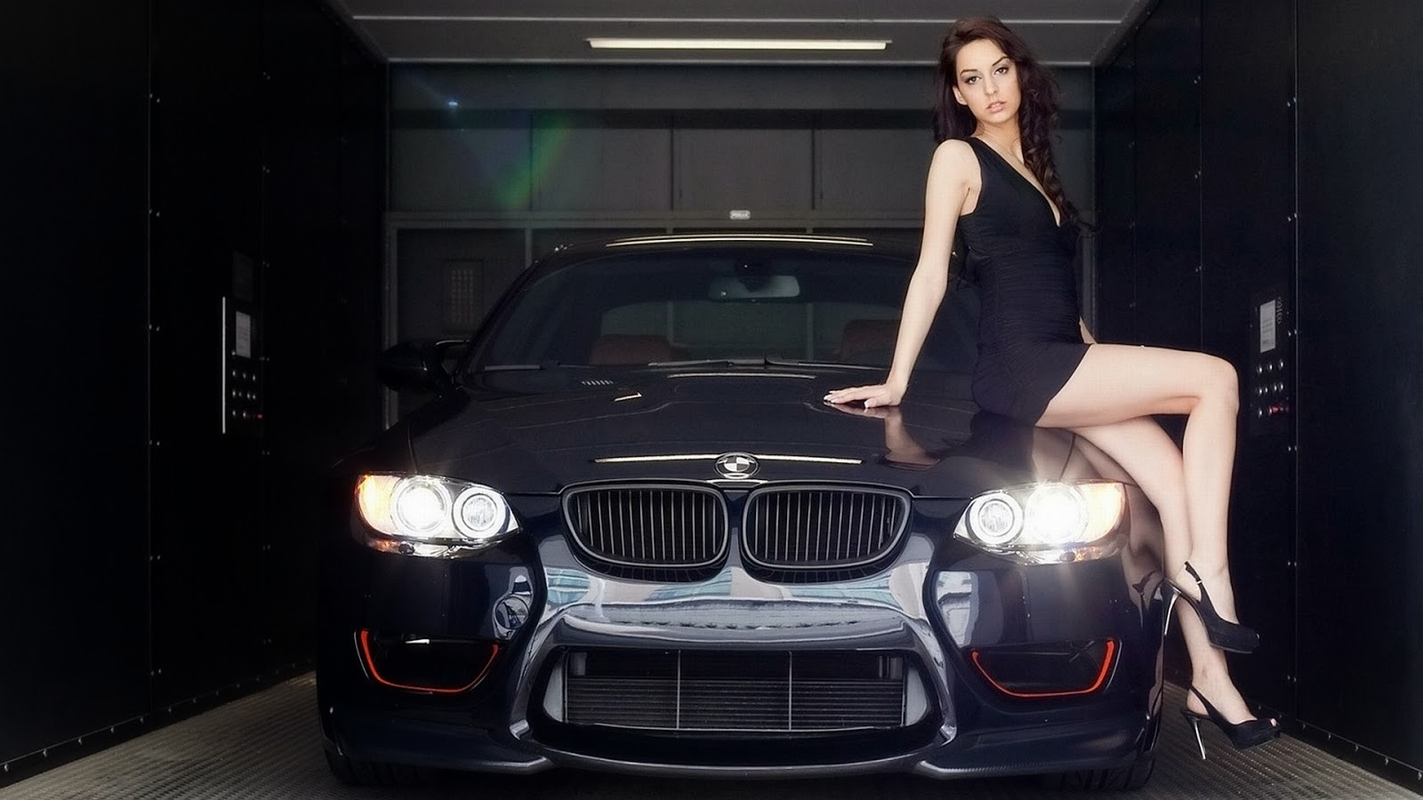 Latest-BMW-car-HD-poto-with-girl-model-download.jpg