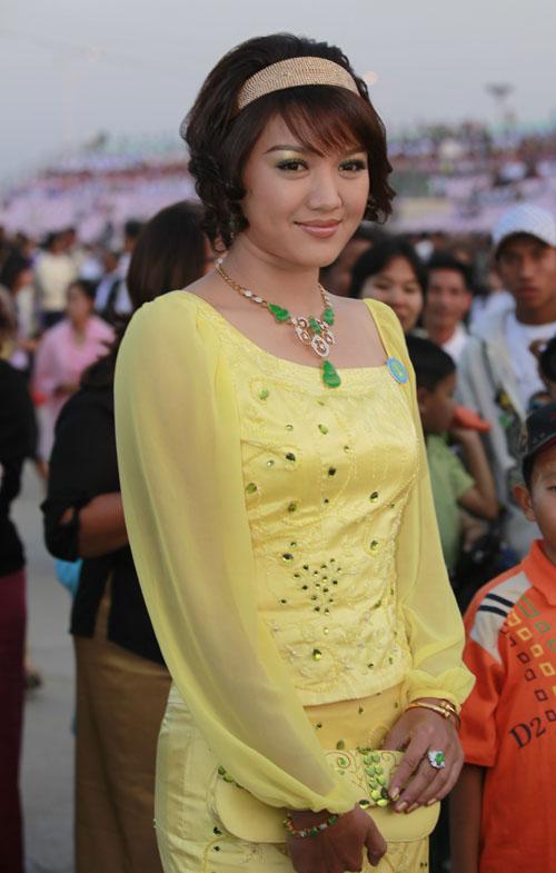Myanmar Popular Singer & Actor Thazin: Caught on Tape ...
