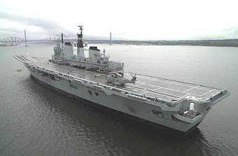 HMS Invincible (R05)