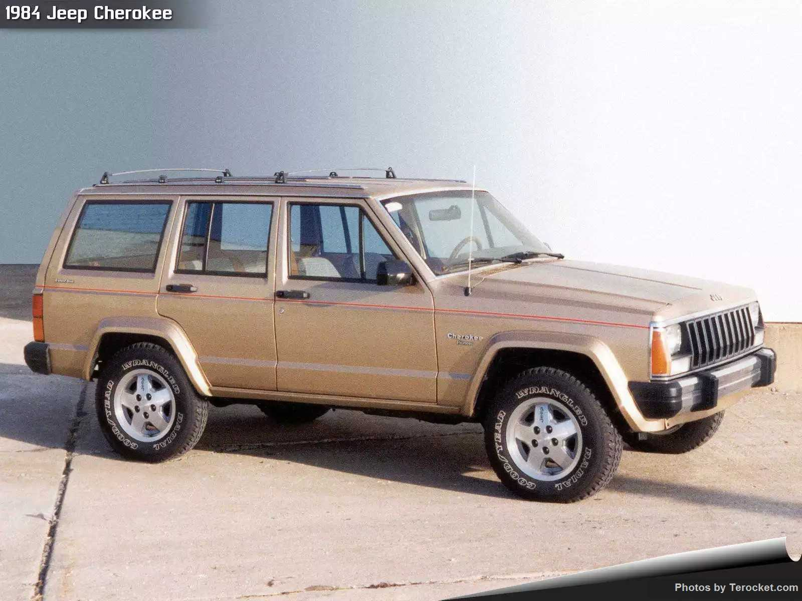 Hình ảnh xe ô tô Jeep Cherokee 1984 & nội ngoại thất