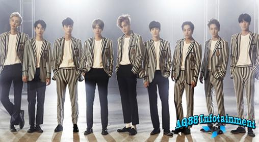 EXO masih sibuk promosi album repackage mereka berjudul Love Me Right. Beberapa waktu lalu, boyband asal SM ini menarik perhatian dengan melakukan atraksi bagaikan pemain football Amerika di halaman gedung KBS.
