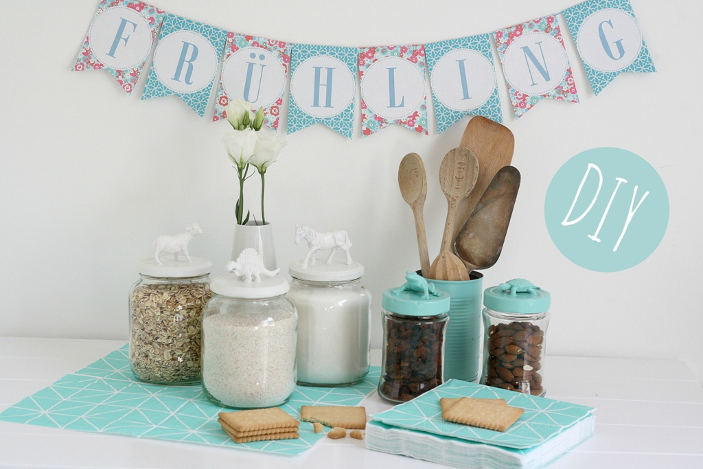 Creadienstag, Upcycling, Altglas, basteln, Plastiktiere, Frühlingsdeko, animals jars, DIY,