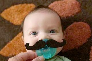 Gambar bayi lucu pakai kumis 17