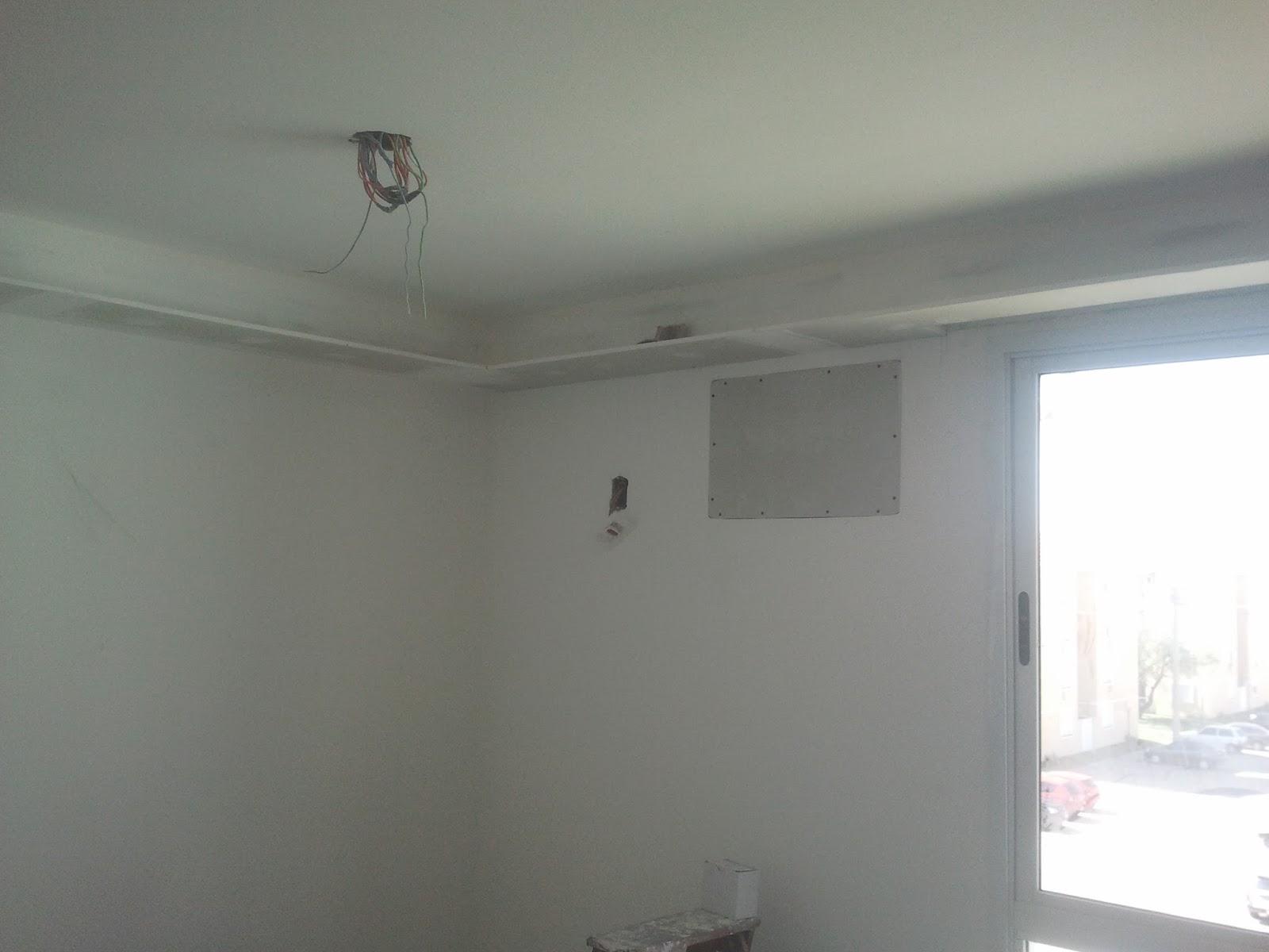 #556777 Casei quero casa: Fechando o buraco do ar condicionado. 4212 Instalar Ar Condicionado Janela Apartamento