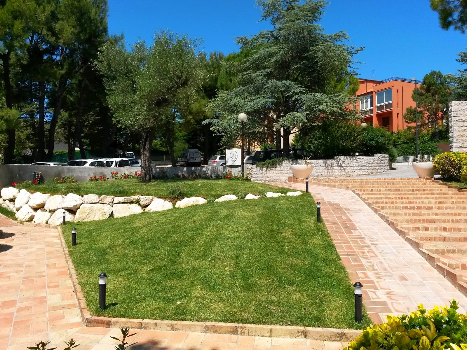 Hotel giardino suite&wellness riviera del conero: nuovo ingresso