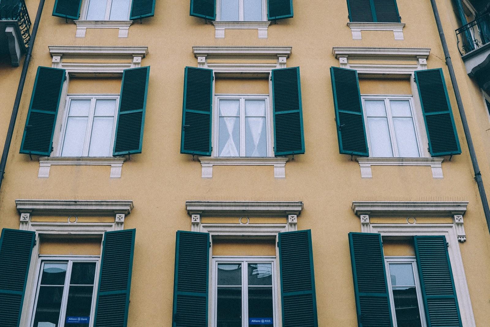 Façade bâtiment Italien