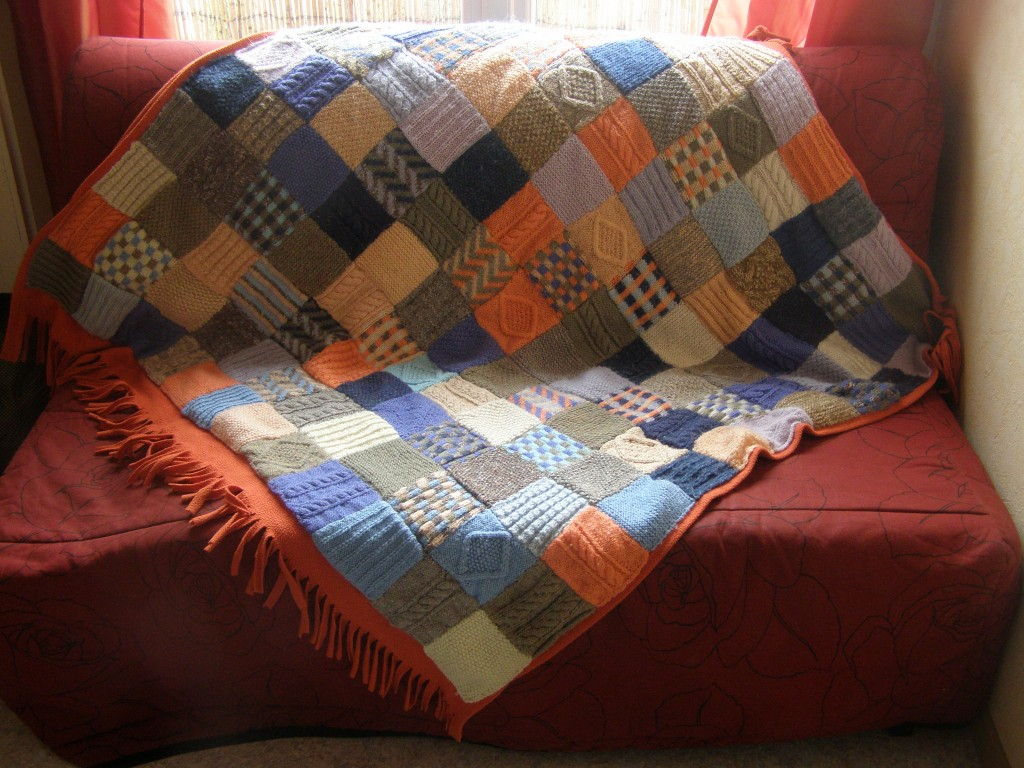 Вязание плед из квадратов спицами 17