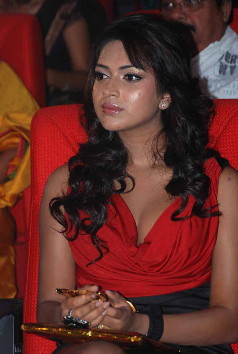 amala paul at jf womens achievers awards 2012