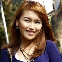 Foto Cantik Dan Seksi Biodata Ayu Ting Ting