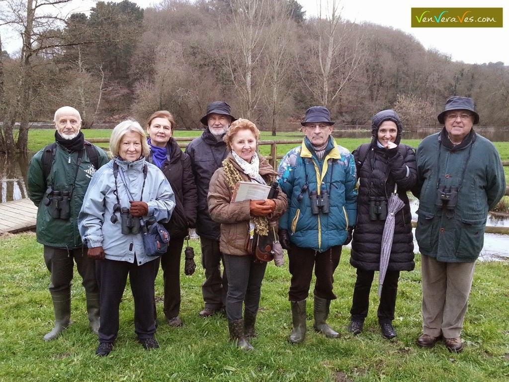 Grupo de alumnos de cuarto ciclo da USC na ruta para ver aves en Lugo