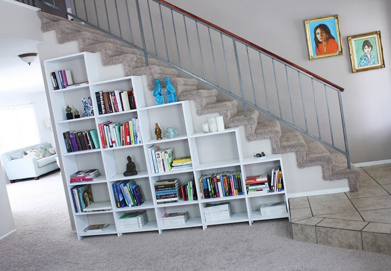 Cosas de palmichula aprovechando espacio debajo de la for Decoracion de espacios bajo la escalera