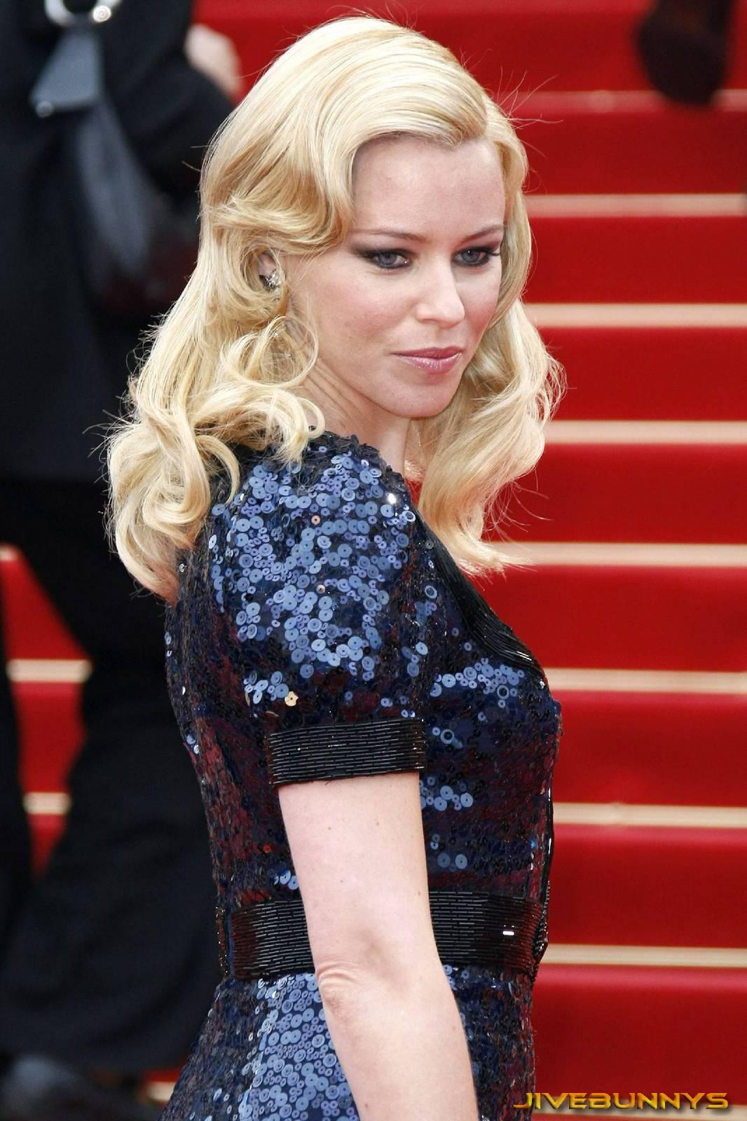 http://3.bp.blogspot.com/-yGSDFQOkhzM/T3XC9dhxZSI/AAAAAAAADoc/jjQexOjDTp0/s1600/elizabeth-banks-actress-celebrity-101007.jpg