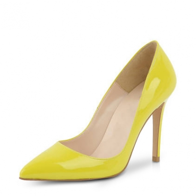 http://www.dressale.com/flirty-pointy-toe-stiletto-heel-pumps-in-ol-style-p-82573.html