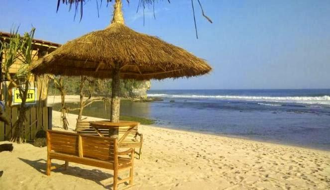 Gazebo di Pantai Indrayanti