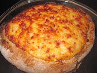 broa recheada linguiça  queijo
