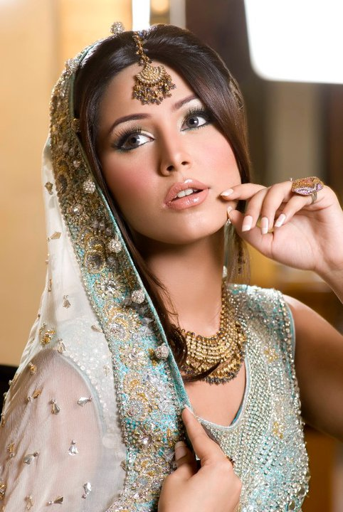 Pakistani Model Ayyan ali Bridal Photoshoot