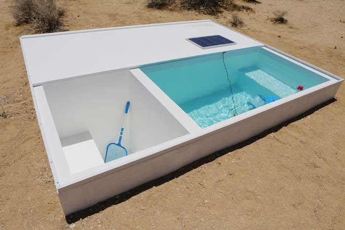Swimming pool in the middle of the desert — Social Pool