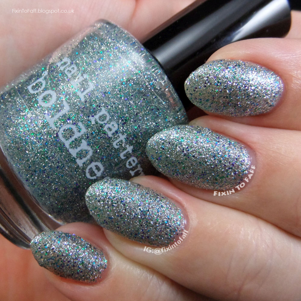 Swatch and review of Nail Pattern Boldness Allons-Y.