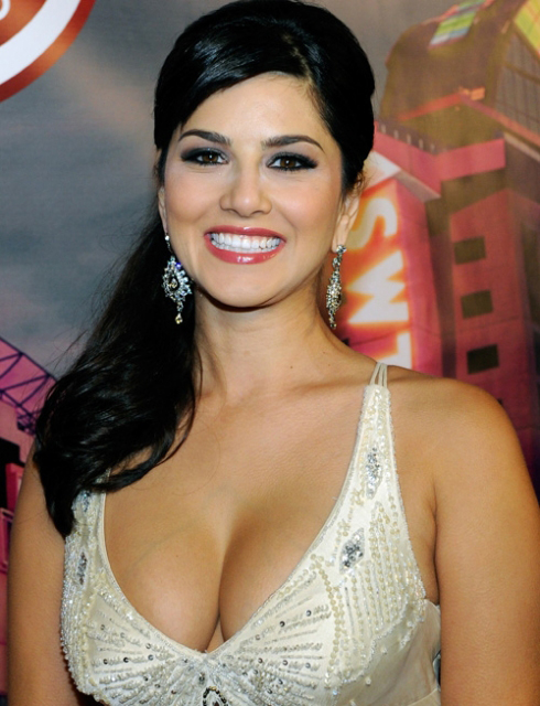 new ppom sunny leone latest pictures 2013