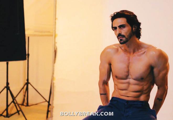 Arjun Rampal Six Packs Body Pics - 2 Pics Arjun Rampal Body
