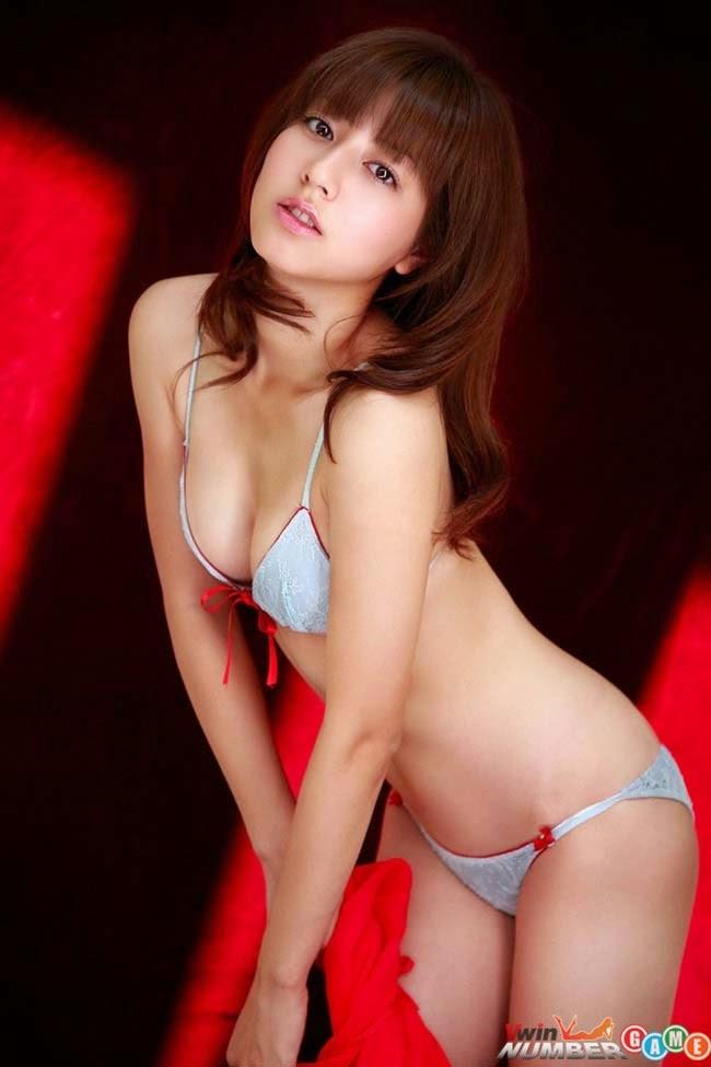Sayaka Ando beautiful wild eyes speak