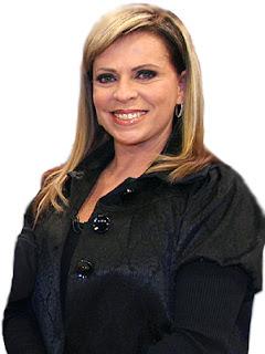 Christina Rocha se exalta, discute e expulsa convidada em programa