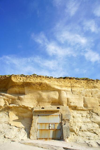 limestone walls gozo