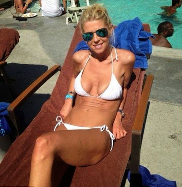 Well, would you just look at Tara Reid. . . . She just keeps on growing up for the excellent physique vocabulary. We unfortunately can only take inspiration from its perfect hue and fabric combination as the 38-year-old donned a white bikini for a pool party in Los Angeles on Monday, August 11, 2014.