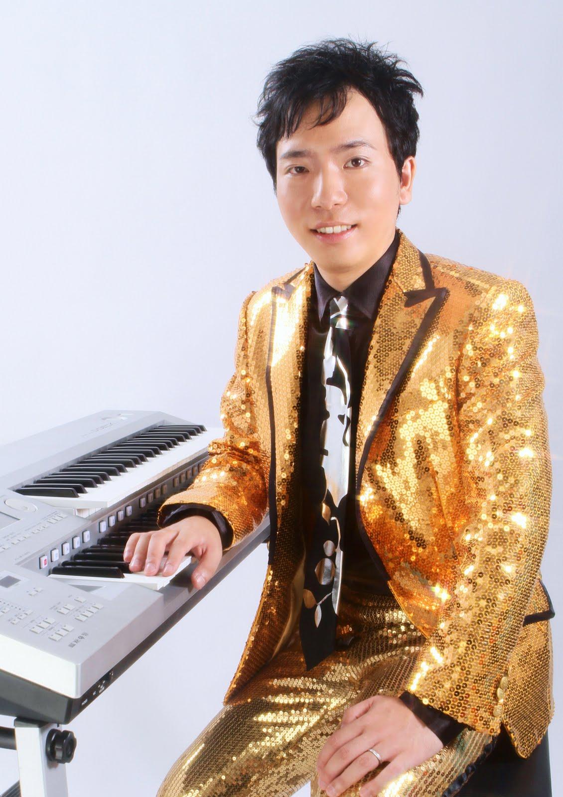 電子オルガン奏者のひとり言: 8...