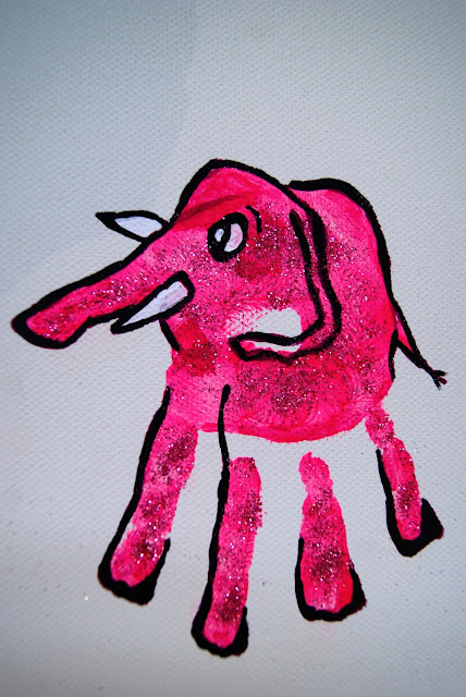 handprint elefant