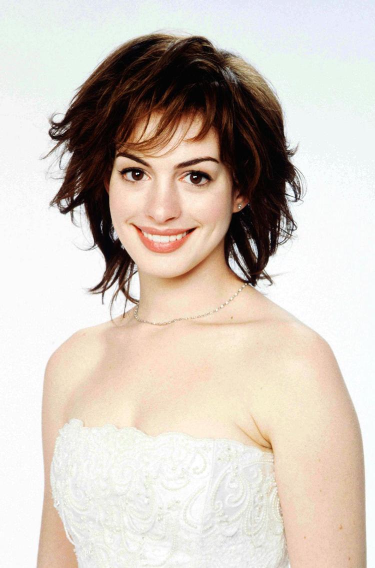 Anne Hathaway Hair 4