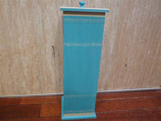 Mueble Baño Azul Turquesa:El Taller de Cayetana: MUEBLE AUXILAR PARA ROLLOS PAPEL DE BAÑO