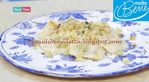 Ravioli con salsa di noci e panure al sedano ricetta Parodi per Molto Bene
