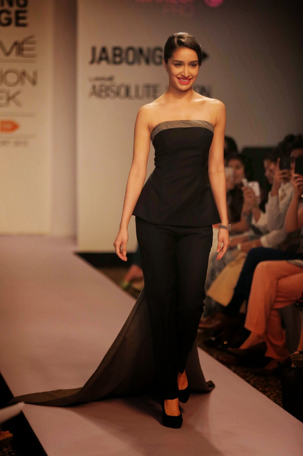 http://aquaintperspective.blogspot.in/, LIFW Day 1
