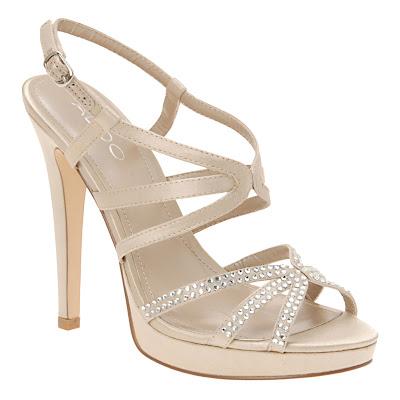 aldo-sandalet-elmas-taş-süslemeli-modelleri
