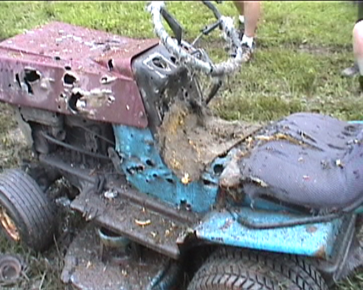 How to: Bigger tires on a lawn mower