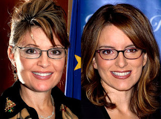 Sarah Palin (L) and Tina Fey (R)