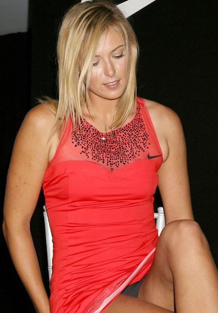 Top 15 Hottest Pictures Of Maria Sharapova You NEED
