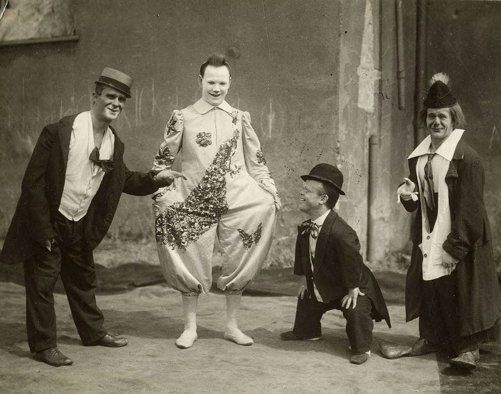 Interesting Old Pictures Of Circus In Netherlands From Between 1910s To 1920s Vintage Everyday