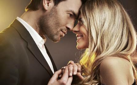 reconnaitre-homme-amoureux - love at first sight - الحب من النظرة الأولى .. وهم وخيال أم حقيقة ملموسة ؟!