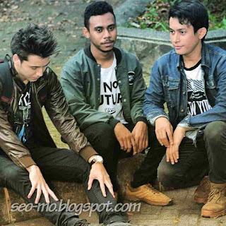 Foto Jho Rizki dengan Stefan William dan Billian