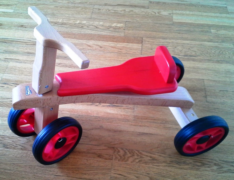 Das Laufrad MyRunner von Geuther, naturholz / rot