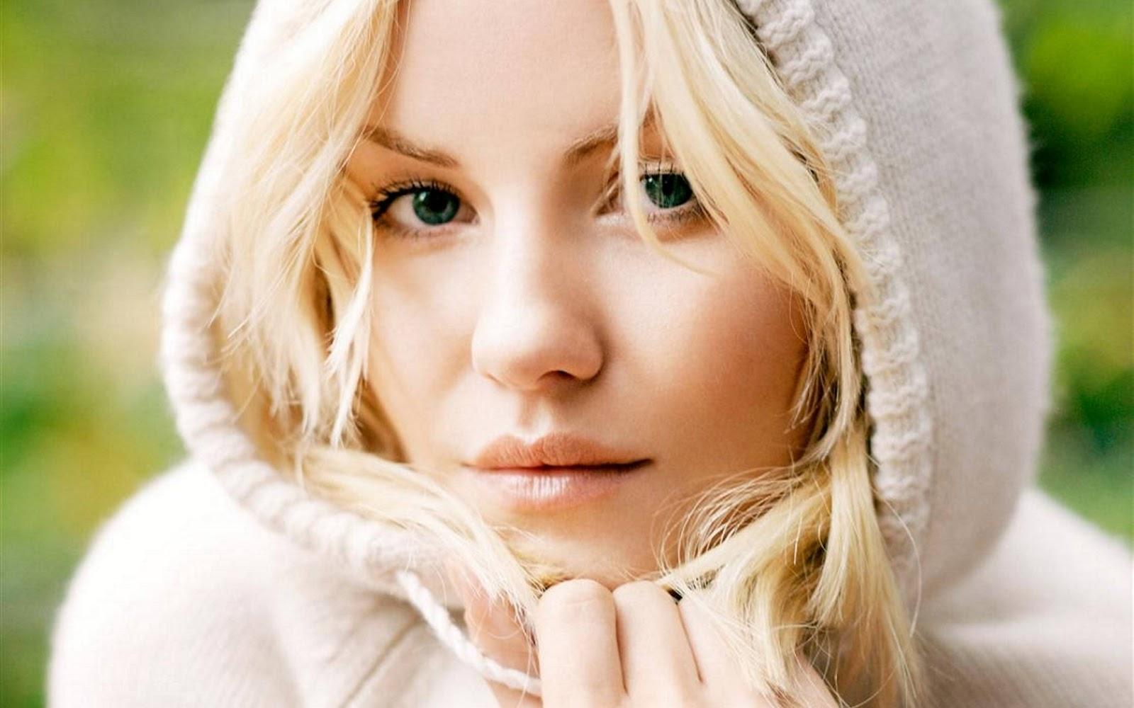 gorgeous actress elisha cuthbert - photo #4