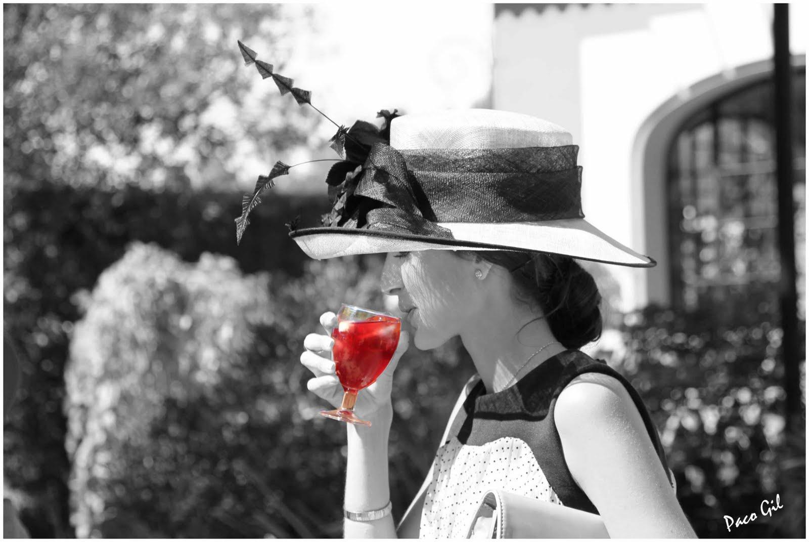 Fotografias paco gil blanco negro y rojo - Blanco y negro paint ...