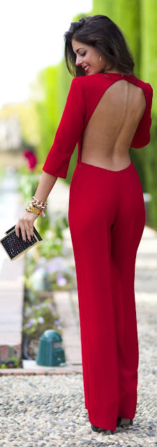 Red haute. ~ 60 Great Winter Outfits On The Street