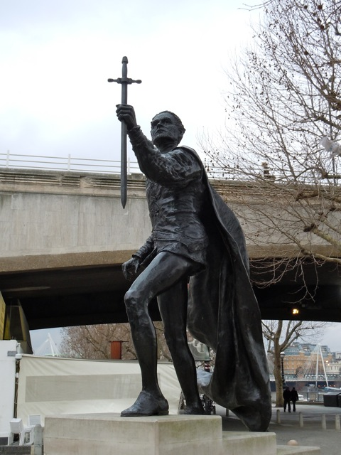 Laurence Olivier Hamlet statue London