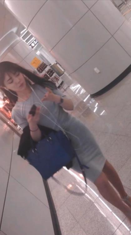 Voyeur Zone: Korean airlines stewardesses upskirt